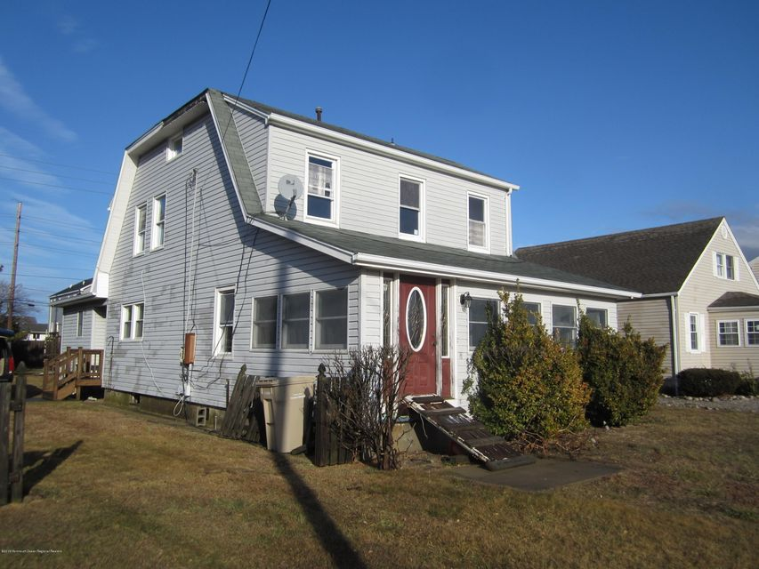 Single Family Home for Sale at 310 Ceylon Avenue 310 Ceylon Avenue Seaside Heights, New Jersey 08751 United States