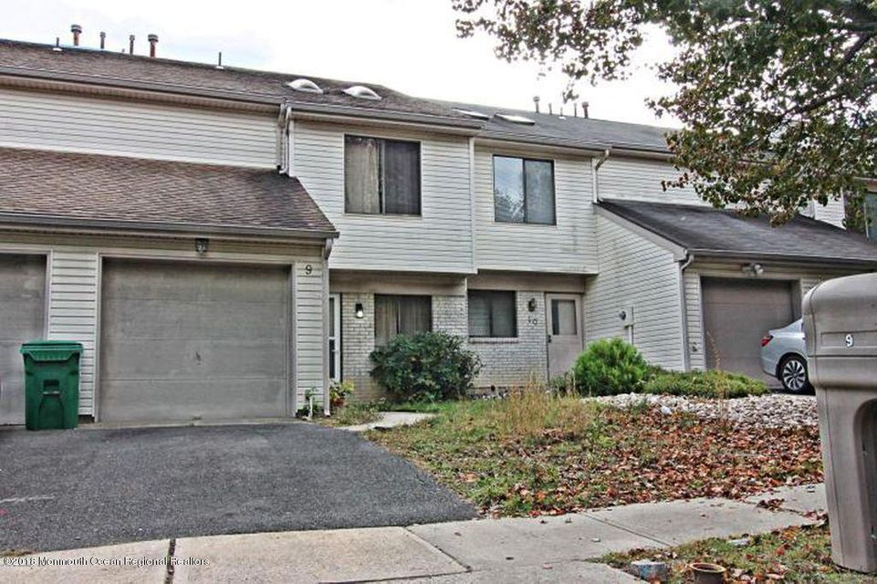 Condominio por un Alquiler en 9 Homestead Drive 9 Homestead Drive Matawan, Nueva Jersey 07747 Estados Unidos