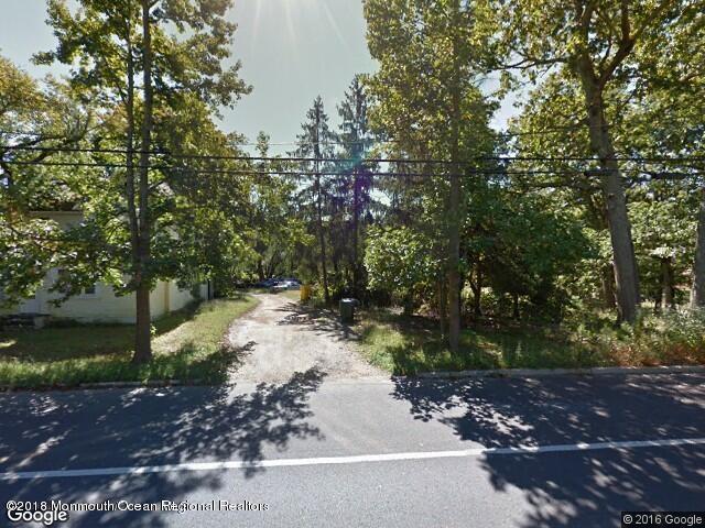 獨棟家庭住宅 為 出售 在 335 Hope Chapel Road 335 Hope Chapel Road Lakewood, 新澤西州 08701 美國