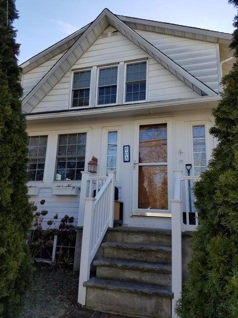 Nhà ở một gia đình vì Bán tại 603 18th Avenue 603 18th Avenue Lake Como, New Jersey 07719 Hoa Kỳ