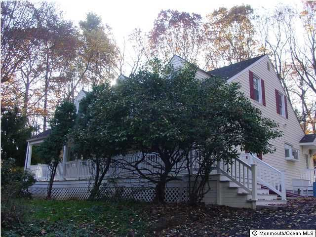 独户住宅 为 出租 在 180 Beacon Hill Road 180 Beacon Hill Road 摩根维尔, 新泽西州 07751 美国