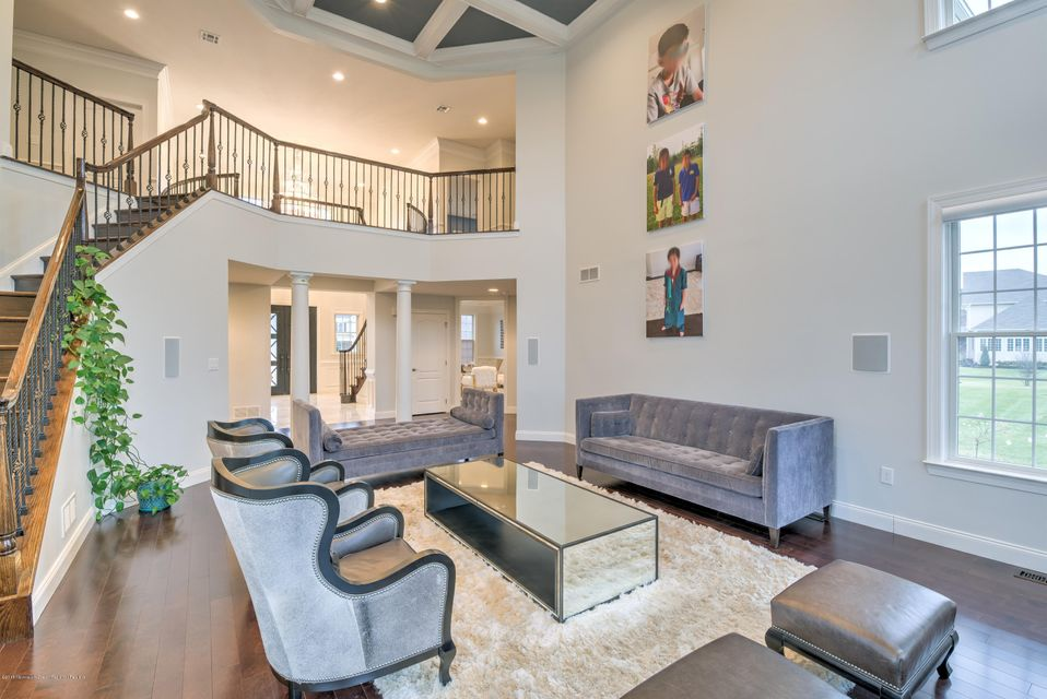Additional photo for property listing at 33 Weathervane Circle 33 Weathervane Circle Cream Ridge, New Jersey 08514 Hoa Kỳ