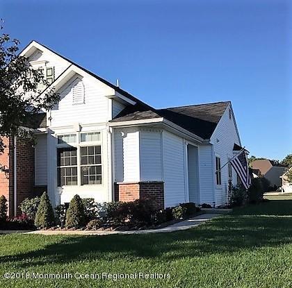 独户住宅 为 销售 在 17 Ocean Grove Lane 17 Ocean Grove Lane Waretown, 新泽西州 08758 美国