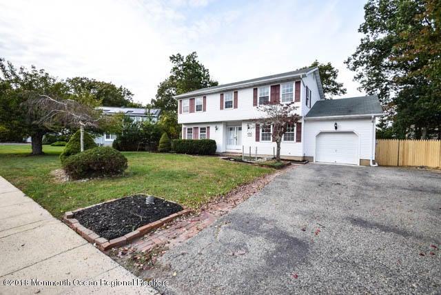 Vivienda unifamiliar por un Venta en 714 Cambridge Road 714 Cambridge Road Lanoka Harbor, Nueva Jersey 08734 Estados Unidos