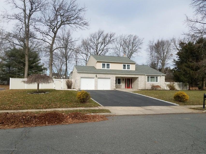 Maison unifamiliale pour l Vente à 19 Michele Drive 19 Michele Drive Middletown, New Jersey 07748 États-Unis