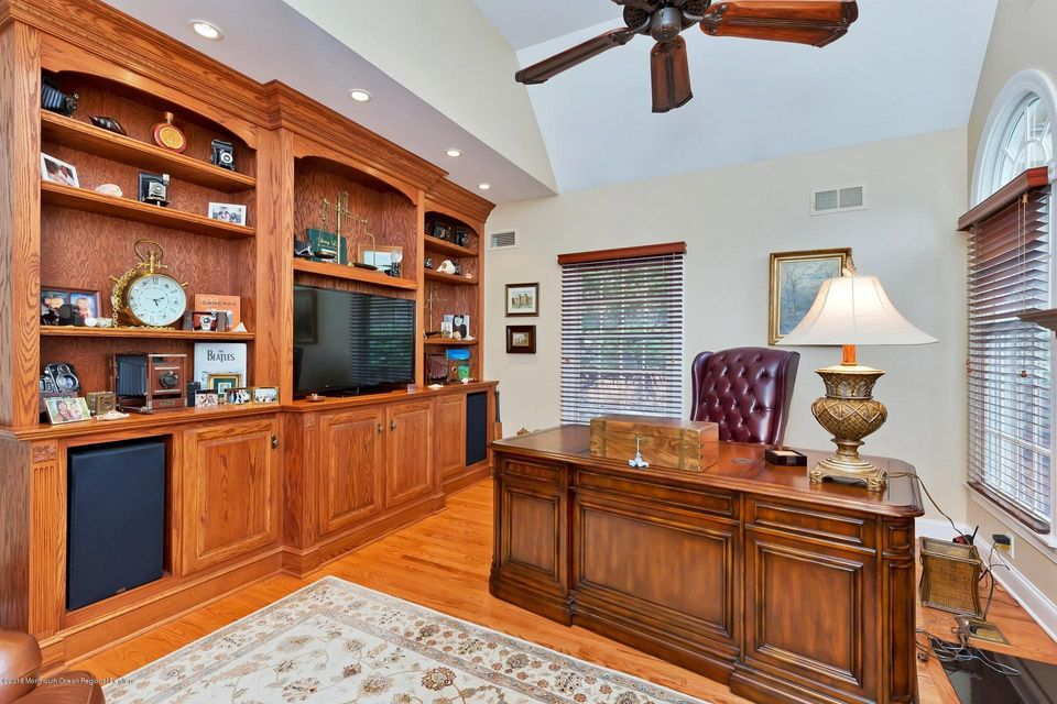 Home office off entry