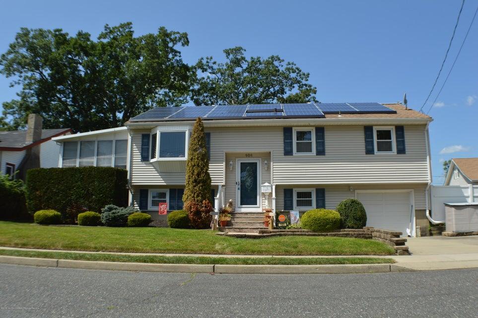 獨棟家庭住宅 為 出售 在 101 Riverdale Avenue 101 Riverdale Avenue Neptune City, 新澤西州 07753 美國