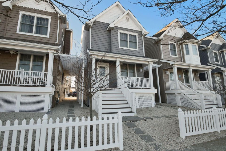 Additional photo for property listing at 215 Sherman Avenue 215 Sherman Avenue Seaside Heights, ニュージャージー 08751 アメリカ合衆国