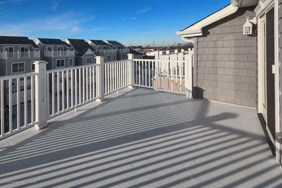 Additional photo for property listing at 215 Sherman Avenue 215 Sherman Avenue Seaside Heights, New Jersey 08751 Vereinigte Staaten