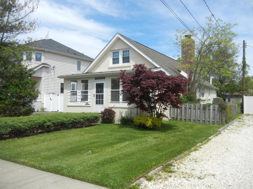 Einfamilienhaus für Mieten beim 305 Central Avenue 305 Central Avenue Point Pleasant Beach, New Jersey 08742 Vereinigte Staaten