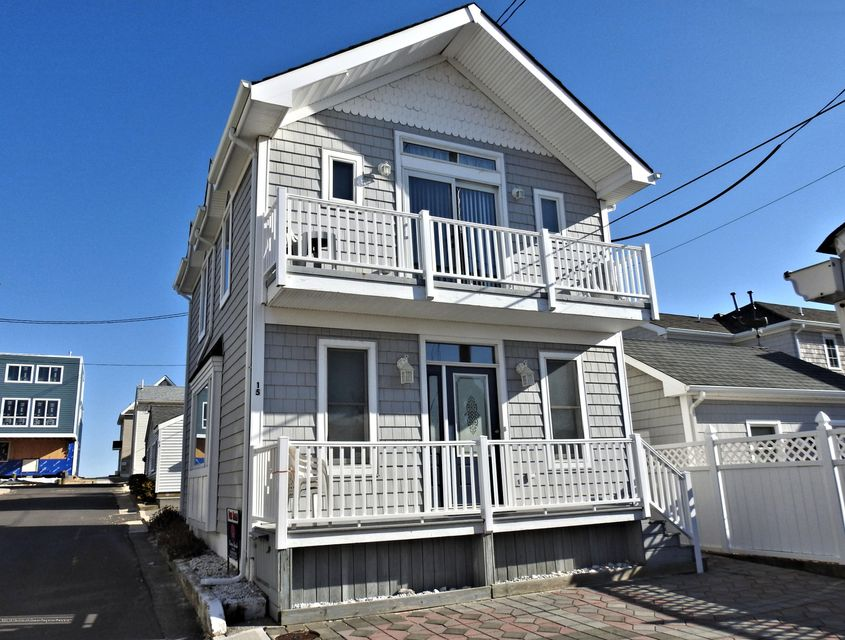 15 E Shore Way - Lavallette