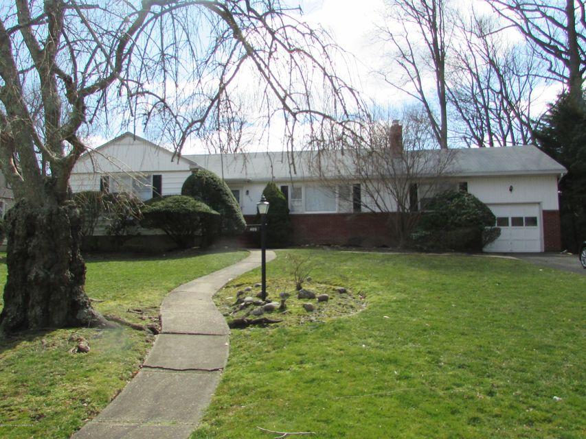 Single Family Home for Rent at 409 Runyan Avenue 409 Runyan Avenue Deal, New Jersey 07723 United States