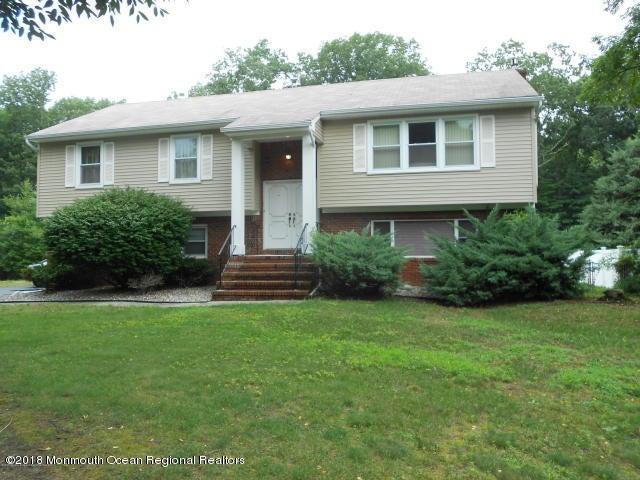 独户住宅 为 出租 在 38 Rozbern Drive 38 Rozbern Drive 伊顿敦, 新泽西州 07724 美国