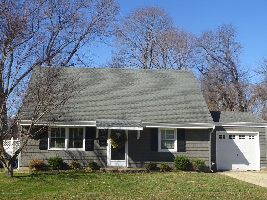 独户住宅 为 出租 在 28 Parker Place 28 Parker Place 什鲁斯伯里, 新泽西州 07702 美国