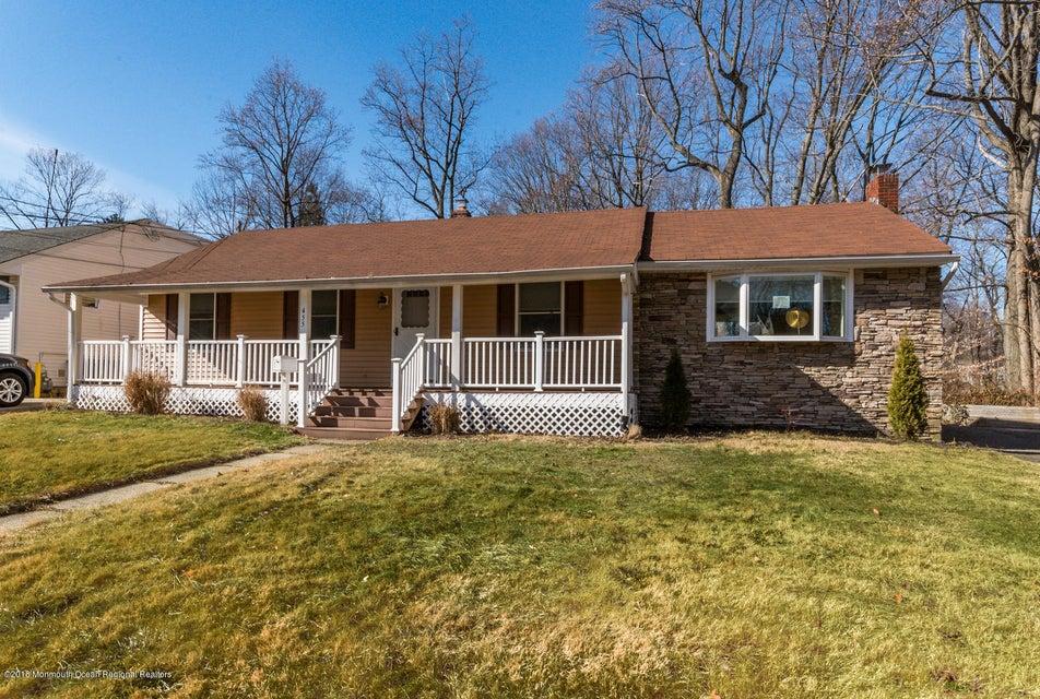 Nhà ở một gia đình vì Bán tại 455 Garden Place 455 Garden Place Aberdeen, New Jersey 07747 Hoa Kỳ