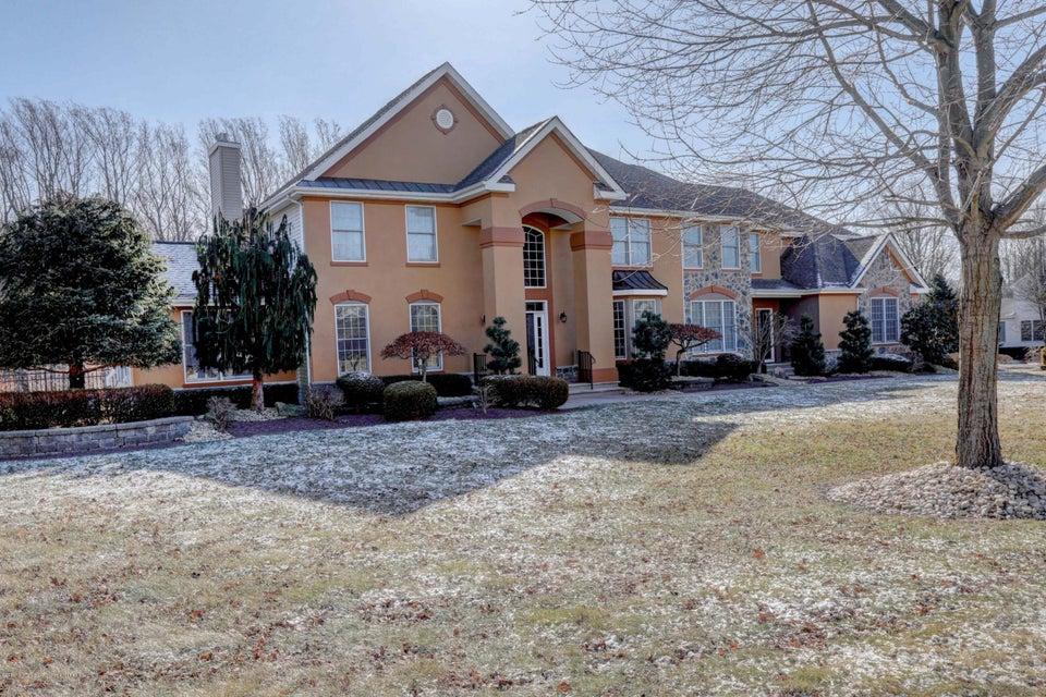 단독 가정 주택 용 매매 에 7 Danser Drive 7 Danser Drive Perrineville, 뉴저지 08535 미국