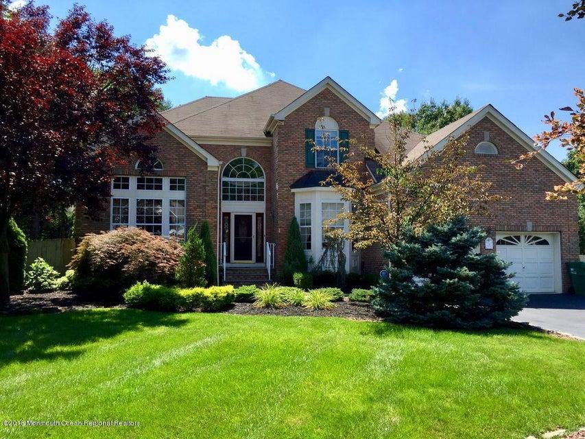 Частный односемейный дом для того Продажа на 5 Black Oak Court 5 Black Oak Court Middlesex, Нью-Джерси 08846 Соединенные Штаты