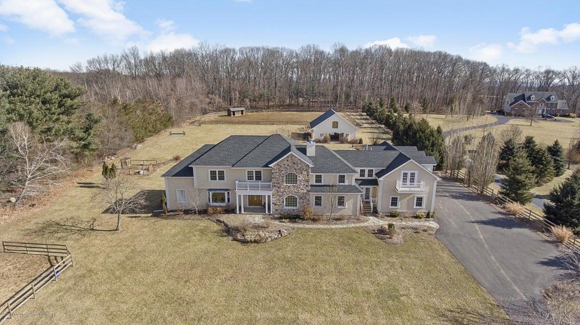 Casa Unifamiliar por un Venta en 240 Old Turnpike Road 240 Old Turnpike Road Tewksbury Township, Nueva Jersey 07830 Estados Unidos
