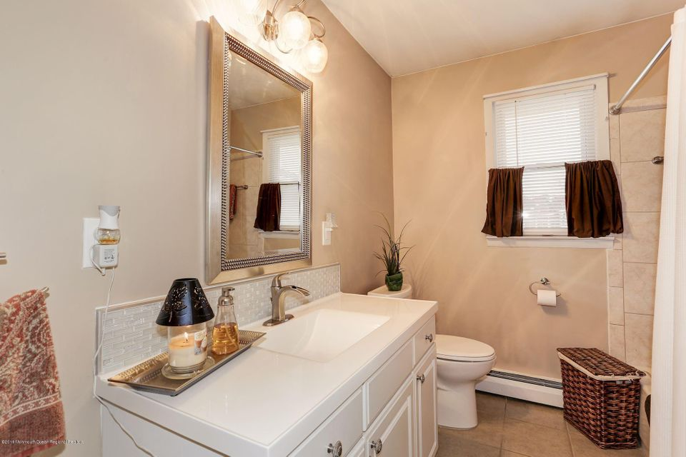 Additional photo for property listing at 30 Scarborough Place 30 Scarborough Place Toms River, New Jersey 08757 Vereinigte Staaten