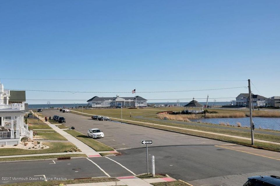 SE View of Ocean and Lake