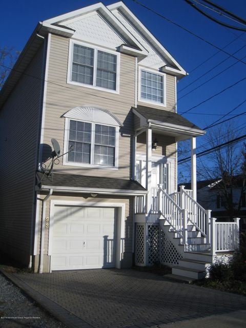 Single Family Home for Rent at 93 Washington Street 93 Washington Street Red Bank, New Jersey 07701 United States