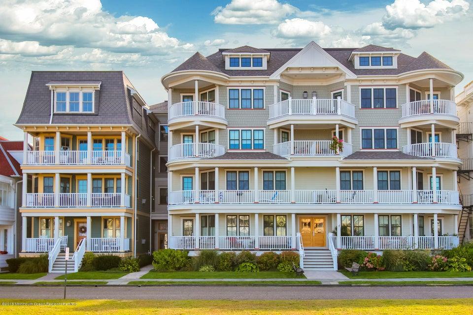 Casa Unifamiliar por un Venta en 30 Ocean Pathway 30 Ocean Pathway Ocean Grove, Nueva Jersey 07756 Estados Unidos