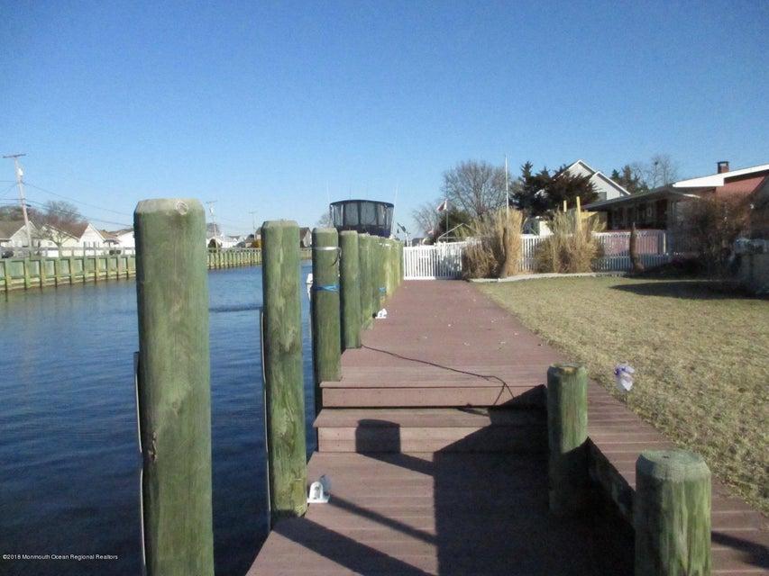 Additional photo for property listing at 918 Bowsprit Point 918 Bowsprit Point Lanoka Harbor, Nueva Jersey 08734 Estados Unidos