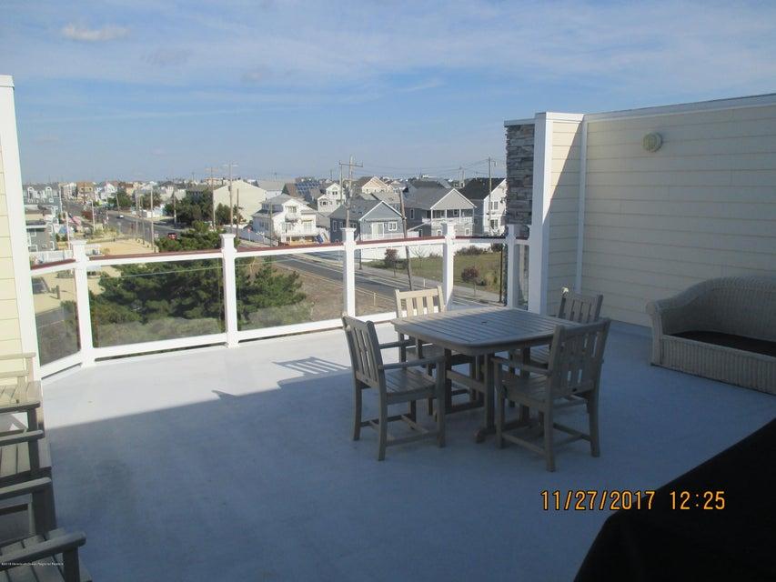 Appartement en copropriété pour l à louer à 103 Dewey Drive 103 Dewey Drive Seaside Heights, New Jersey 08751 États-Unis