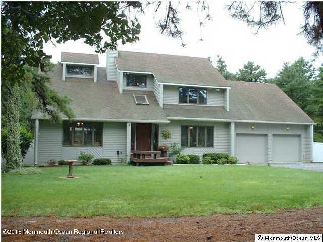 一戸建て のために 売買 アット 1801 Elizabeth Avenue 1801 Elizabeth Avenue Whiting, ニュージャージー 08759 アメリカ合衆国