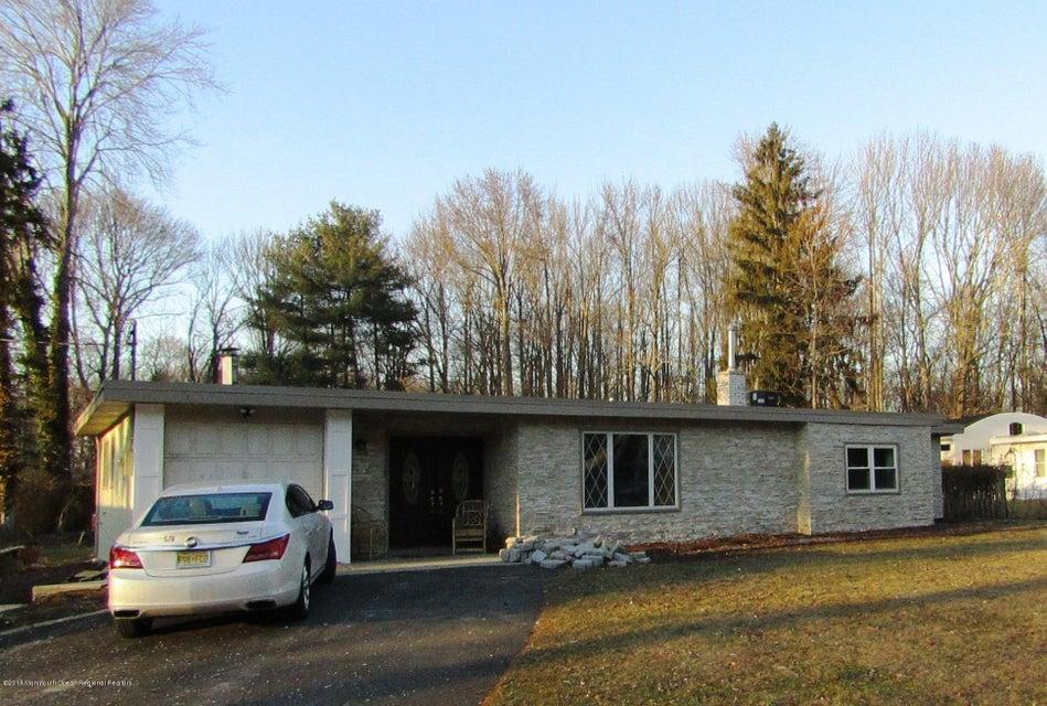 獨棟家庭住宅 為 出售 在 2 Cedar Court 2 Cedar Court Roosevelt, 新澤西州 08555 美國