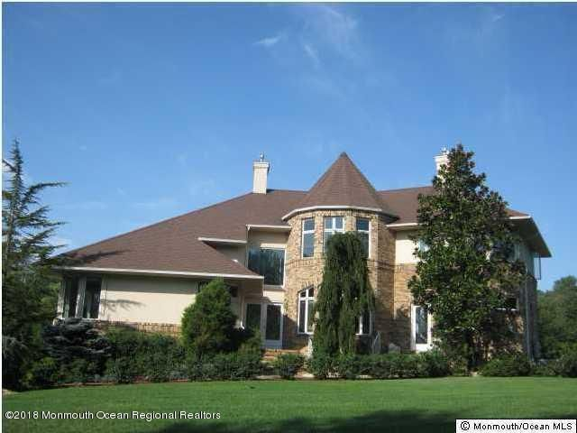 Single Family Home for Sale at 440 Fawns Run 440 Fawns Run Morganville, New Jersey 07751 United States