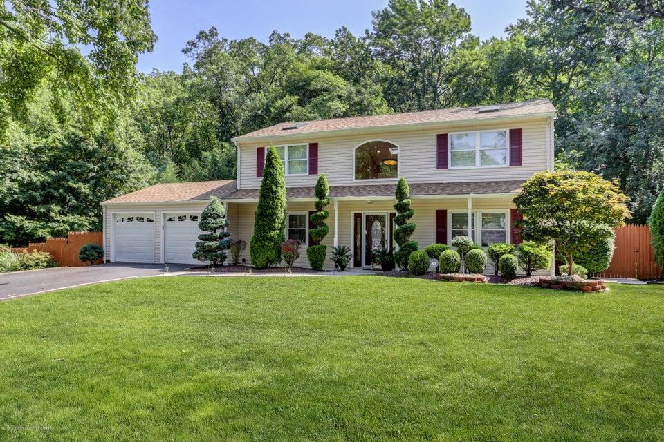 Maison unifamiliale pour l Vente à 118 Duda Lane 118 Duda Lane Aberdeen, New Jersey 07747 États-Unis
