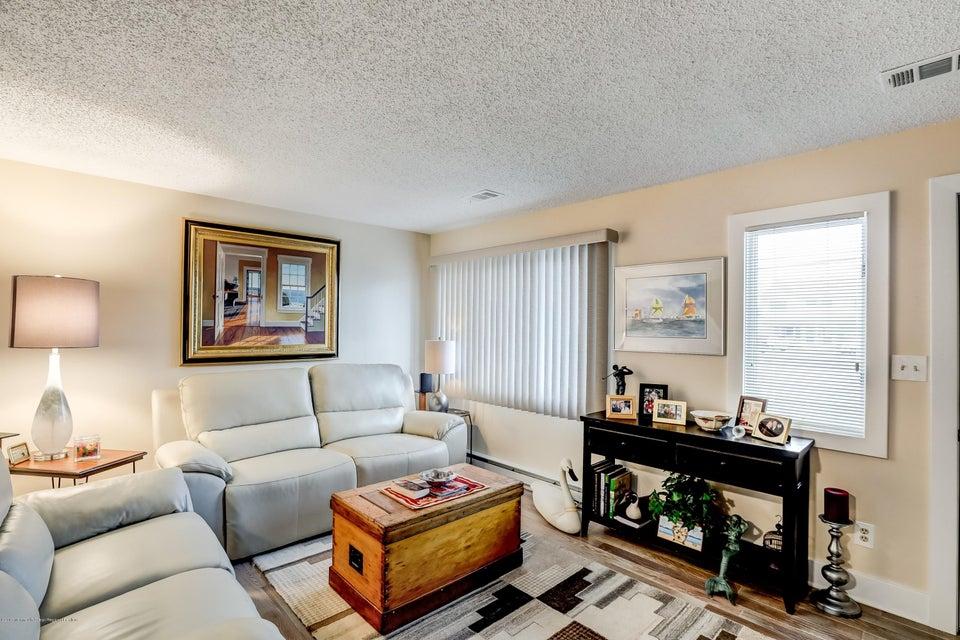 1704  Grand Central Avenue - Picture 5