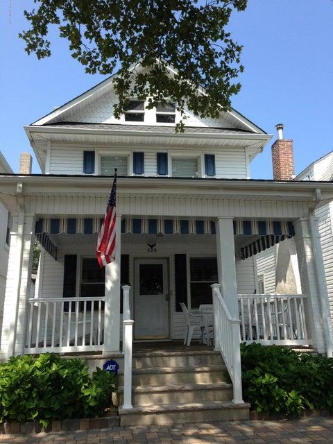 Casa Unifamiliar por un Alquiler en 322 Mccabe Avenue 322 Mccabe Avenue Bradley Beach, Nueva Jersey 07720 Estados Unidos