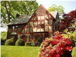 独户住宅 为 销售 在 219 Buttermere Avenue 219 Buttermere Avenue Interlaken, 新泽西州 07712 美国