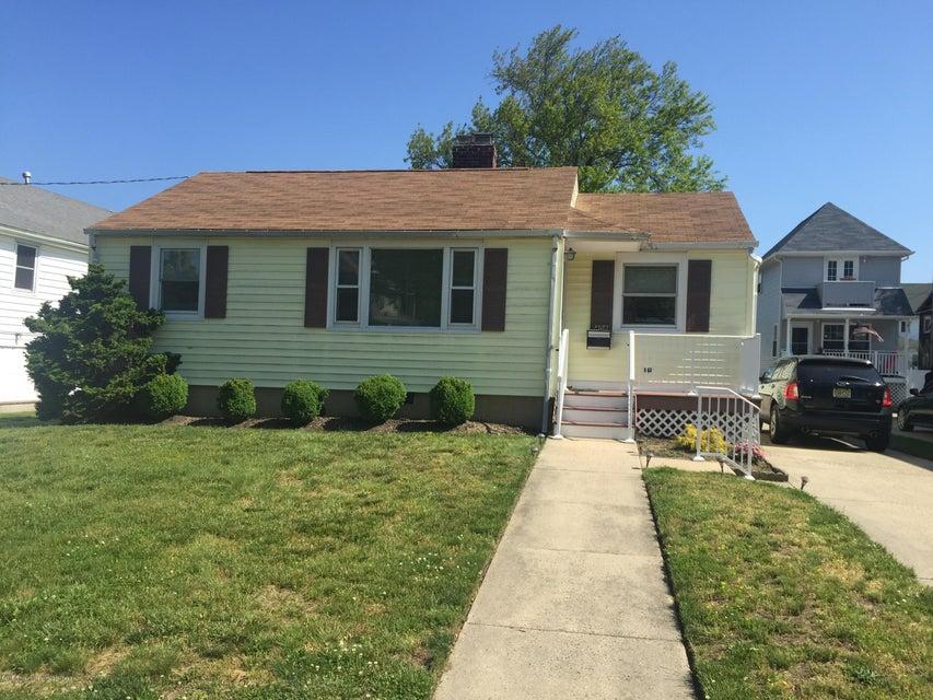 Casa Unifamiliar por un Alquiler en 408 9th Avenue 408 9th Avenue Belmar, Nueva Jersey 07719 Estados Unidos