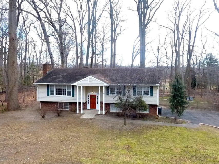 4  Blue Hills Drive, Holmdel, New Jersey
