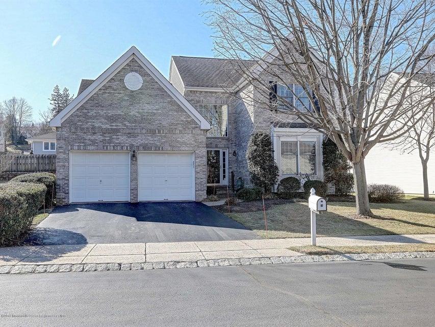 Nhà ở một gia đình vì Bán tại 18 Windward Way 18 Windward Way Red Bank, New Jersey 07701 Hoa Kỳ