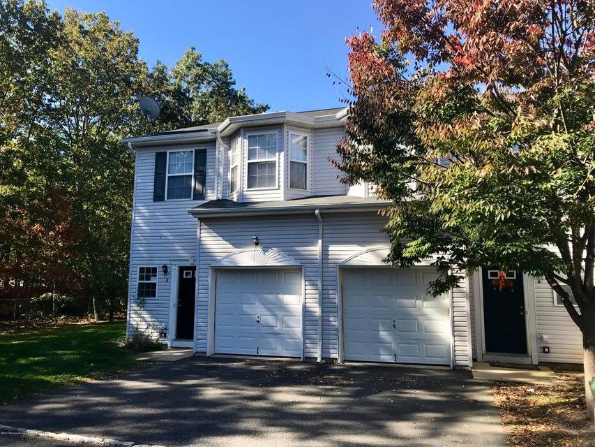共管式独立产权公寓 为 出租 在 17 Esplanade Way 17 Esplanade Way 贝维尔, 新泽西州 08721 美国