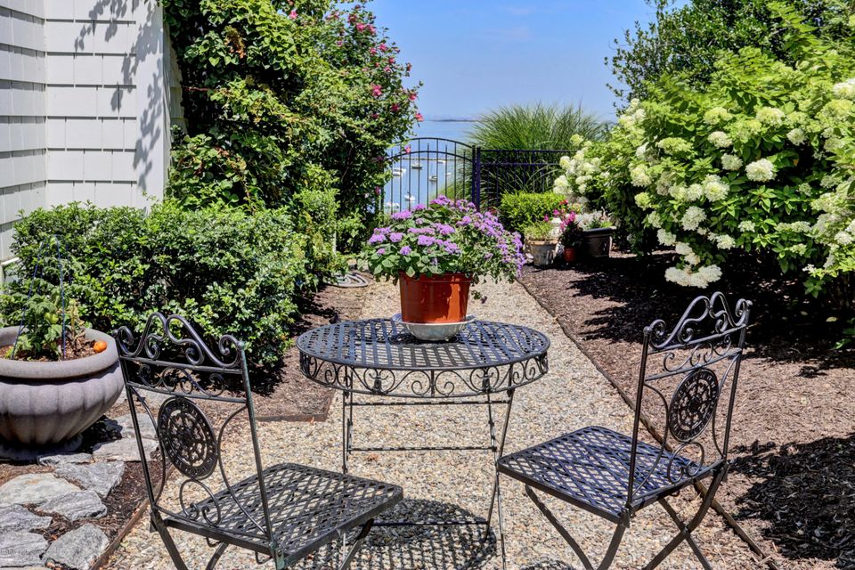 Secret Garden with View