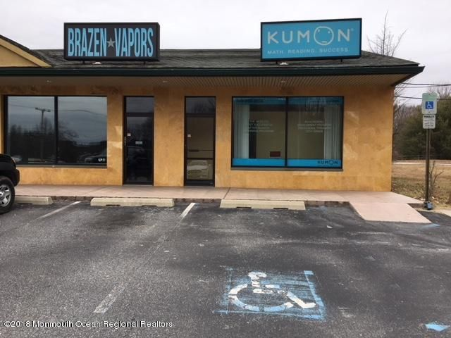 komerziell für Verkauf beim 441 Millstone Road 441 Millstone Road Clarksburg, New Jersey 08510 Vereinigte Staaten