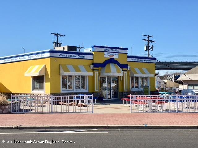 Comercial para Venda às 501 Main Street 501 Main Street Belmar, Nova Jersey 07719 Estados Unidos