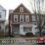 Casa para uma família para Locação às 66 Duke Street 66 Duke Street New Brunswick, Nova Jersey 08901 Estados Unidos