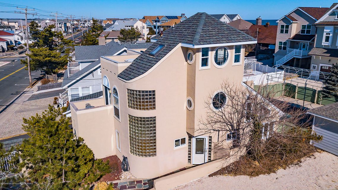 House for Sale at 1322 Ocean Avenue 1322 Ocean Avenue Point Pleasant Beach, New Jersey 08742 United States