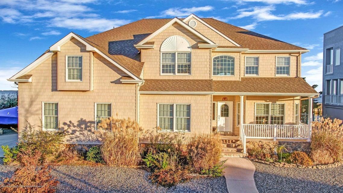 Casa Unifamiliar por un Venta en 120 Harborage Place 120 Harborage Place Waretown, Nueva Jersey 08758 Estados Unidos