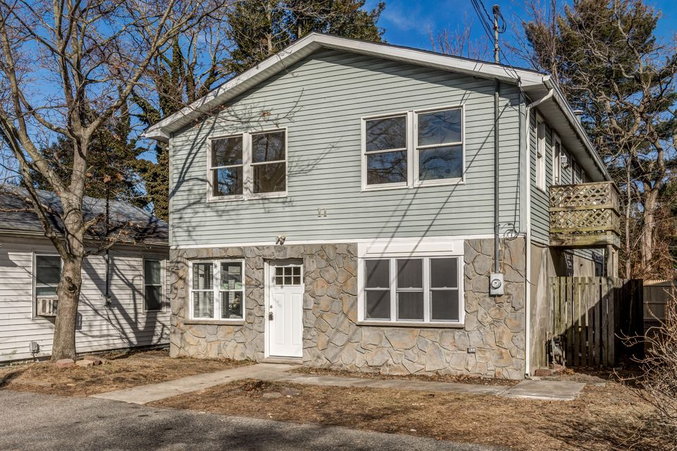 Single Family Home for Rent at 11 Arverne Avenue 11 Arverne Avenue Ocean Gate, New Jersey 08740 United States