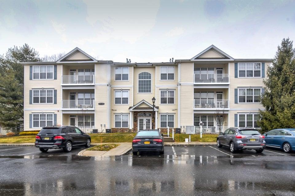 Appartement en copropriété pour l à louer à 548 St Andrews Place 548 St Andrews Place Manalapan, New Jersey 07726 États-Unis