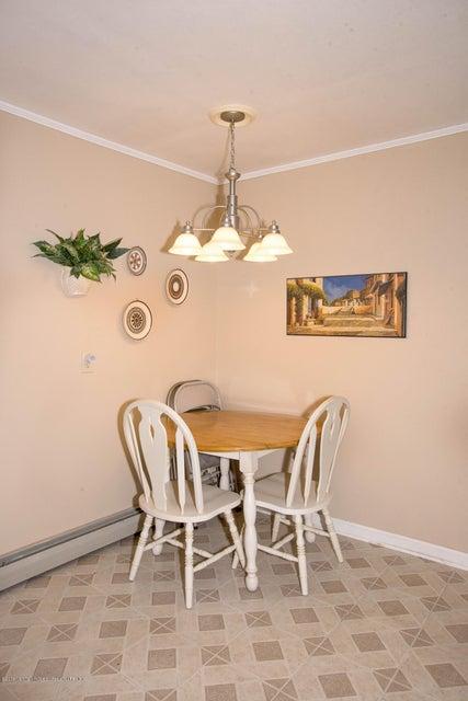 Additional photo for property listing at 619 Buckelew Avenue 619 Buckelew Avenue Monroe, Nova Jersey 08831 Estados Unidos