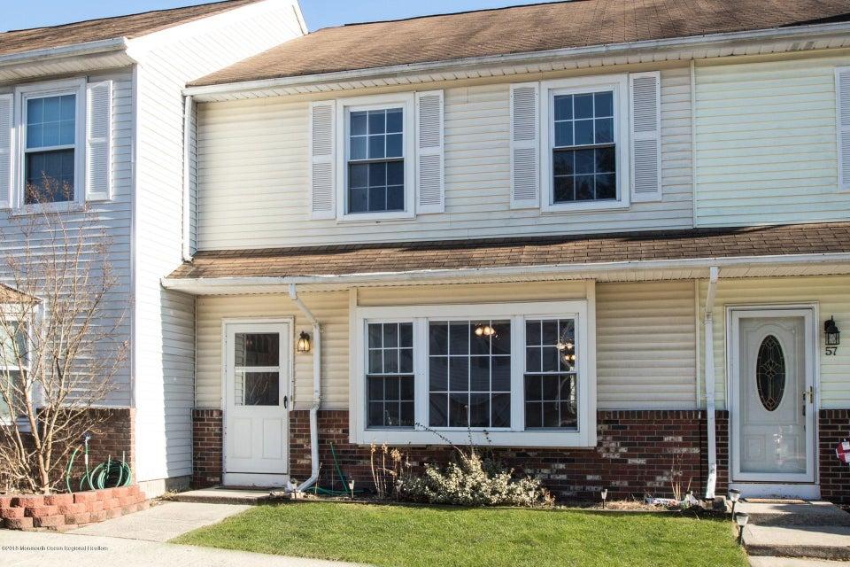 Condominio por un Alquiler en 58 Renee Court 58 Renee Court Jackson, Nueva Jersey 08527 Estados Unidos