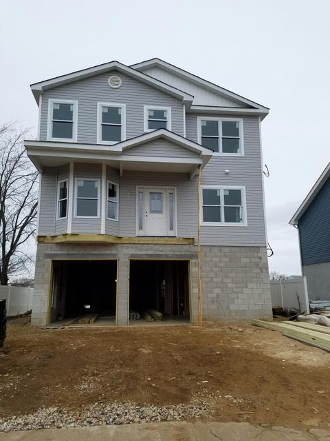 Single Family Home for Sale at 507 Edmunds Avenue 507 Edmunds Avenue Union Beach, New Jersey 07735 United States